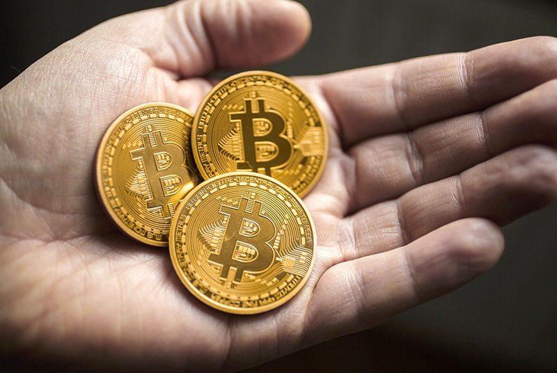 Bitcoin hand